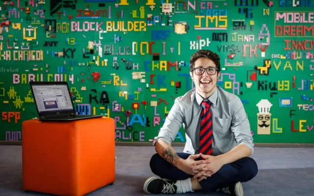 Luiz Fittipaldi, analista de conteudo da Playkids, acredita que o Workplacetambém serve para estreitar os laços dentro da empresa