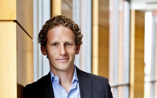 """O norte-americano Jonah Berger estuda conteúdos que """"viralizam"""" nas redes sociais"""