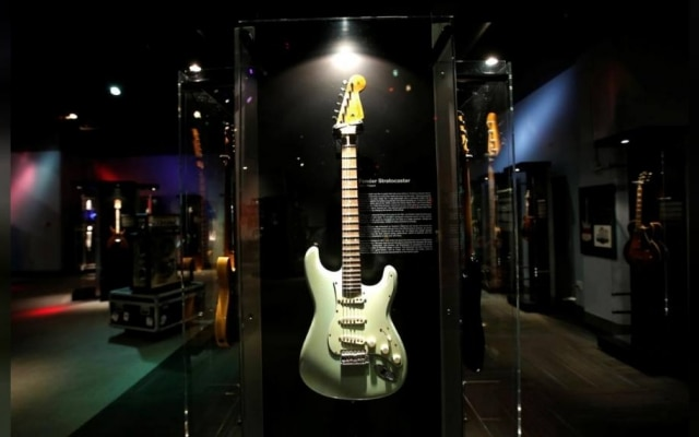 Fender Stratocaster exposta no Liberty Science Center, em Nova Jersey