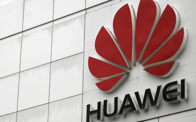 Donald Trump tem feito pessoalmente lobby para que a chinesa Huawei seja excluída das principais disputas pelo 5G no mundo