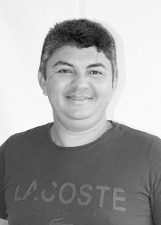 Rayris de Oliveira Alves