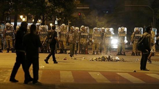 Manifestação contra a Copa em Belo Horizonte tem tumulto e detidos