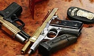 Armas ilegais e tráfico de drogas alimentam a violência no País
