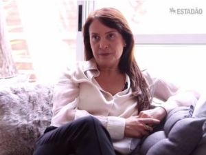 """Reprodução/TV Estadão - """"Eu peguei o câncer, ele não me pegou"""", comemora Patricia Prandini"""
