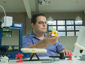 Daniel Teixeira/Estadão - Novas pós-graduações buscam preparar alunos para dominar ferramentas tecnológicas, mas também para entendê-las