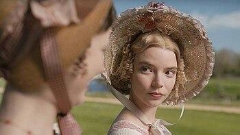 Anya Taylor-Joy interpreta Emma como uma esnobe vaidosa. Foto: Focus Features