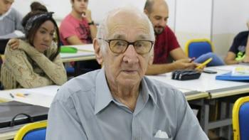 'Estou realizando um sonho e quero aproveitar', afirma o aposentado e estudante de Arquitetura e Urbanismo Carlos Augusto Manço, de 90 anos Foto: Carlos Augusto Manço