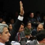 ABORCAMENTO06 BSB - 06/08/2013 - COMISSAO / ORCAMENTO IMPOSITIVO -POLITICA - Reunião da comissão especial que discute e vota a propostade orçamento impositivo para pedir a aprovação da mudança naConstituição que torna obrigatório o pagamento de emendasparlamentares. O relatorio proposto pelo relator, deputado Edio Lopes(PMDB-RR), foi aprovado a o texto agora segue para votacao no plenarioda Camara. O deputado Alessandro Molon (foto), foi o unico que votoucontra o relatorio.FOTO: ANDRE BORGES/ESTADAO