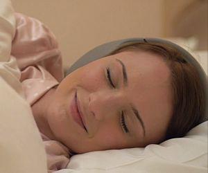 Fone tem sensores para ajudar a melhorar o sono do usuário