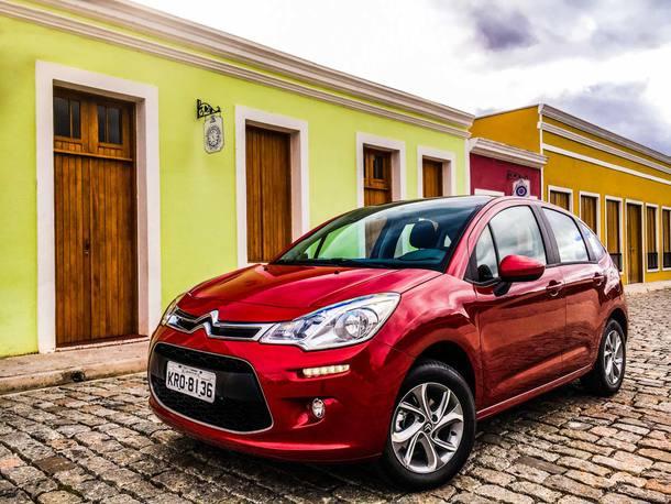Os preços de carros brasileiros sem impostos