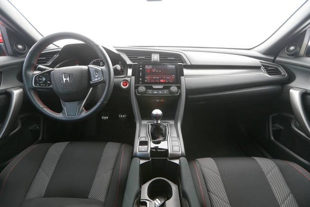 Honda Civic Si x VW Golf GTI 2018