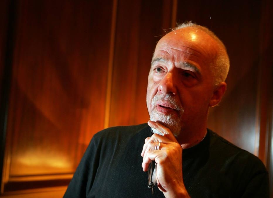 Paulo Coelho conta como foi torturado durante a ditadura militar