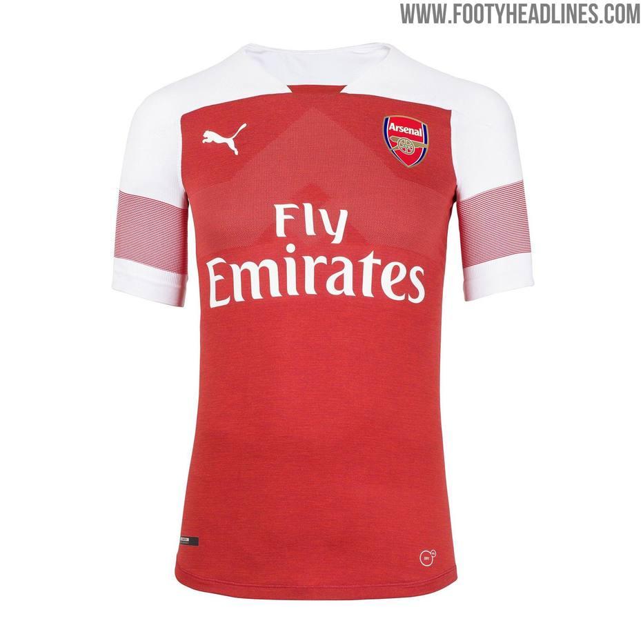 da0ce23c1ecdd Vazaram! Camisas de clubes ingleses para a próxima temporada
