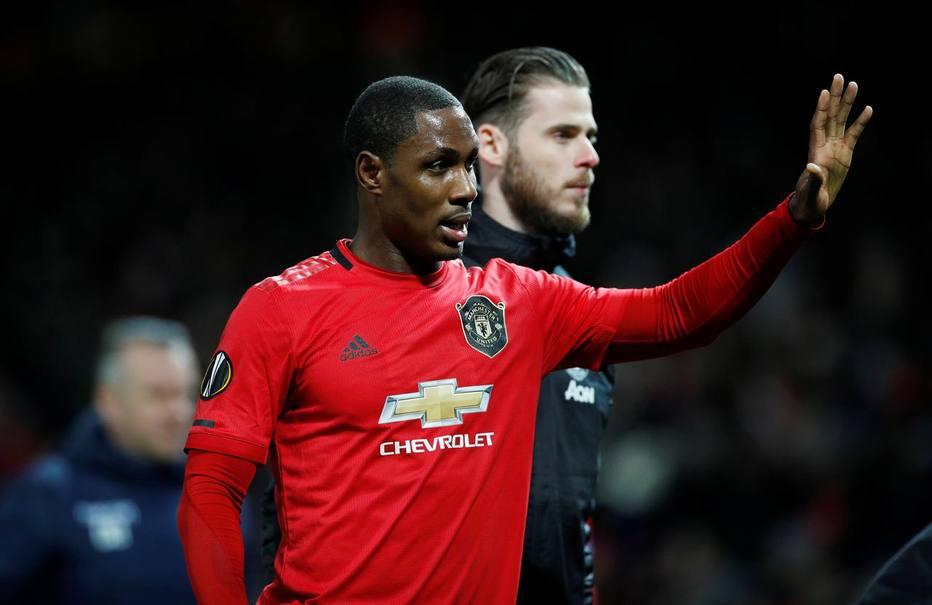 Com Inglês parado, Manchester United renova empréstimo de nigeriano até janeiro