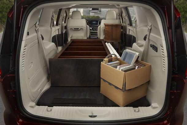 Minivan Chrysler Pacifica