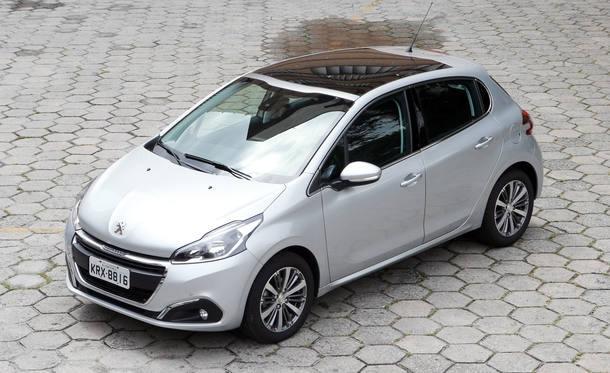 Comparativo: Citroën C3, Ford Fiesta e Peugeot 208