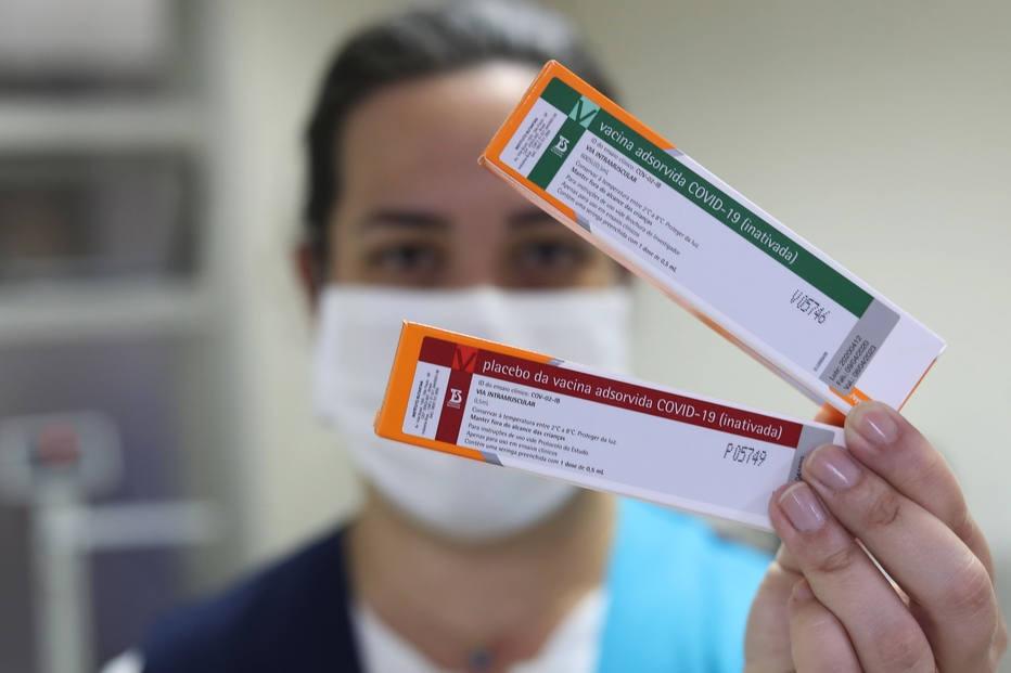 Governo de São Paulo anunciou que Coronavac teria 78% de eficácia contra covid-19