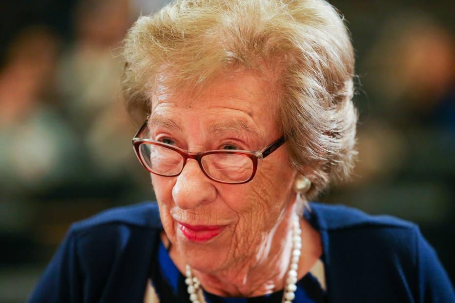 Sobrevivente do Holocausto, Eva Schloss foi amiga de Anne Frank