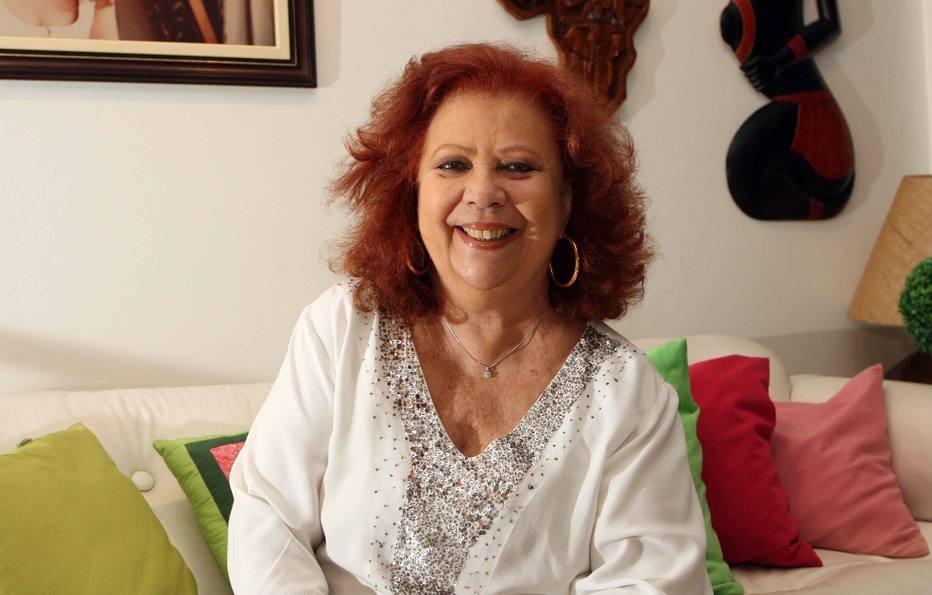 Morre a sambista Beth Carvalho aos 72 anos