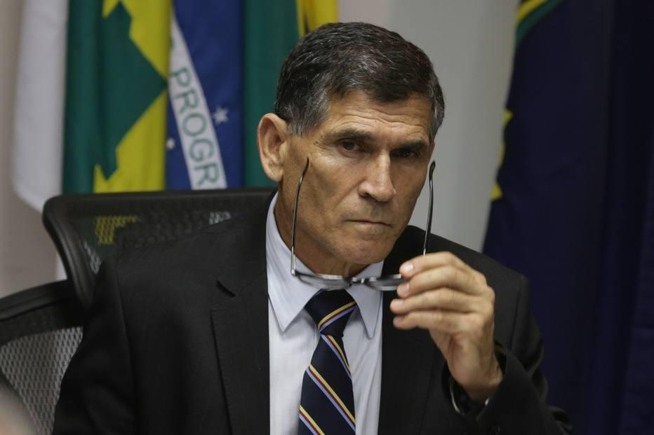 General Santos Cruz