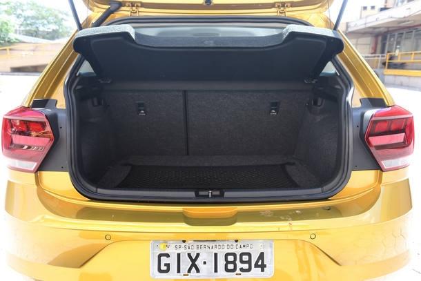 Comparativo: Fiat Argo Precision 1.8 X VW Polo Highline TSI