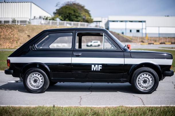 Fiat 147 a etanol - 40 anos do carro a etanol