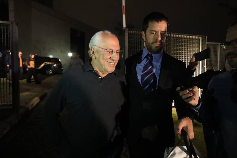 Presos da operação Skala deixam a carceragem da Polícia Federal