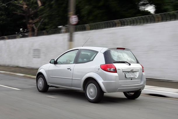 Os carros mais legais para comprar com R$ 20 mil