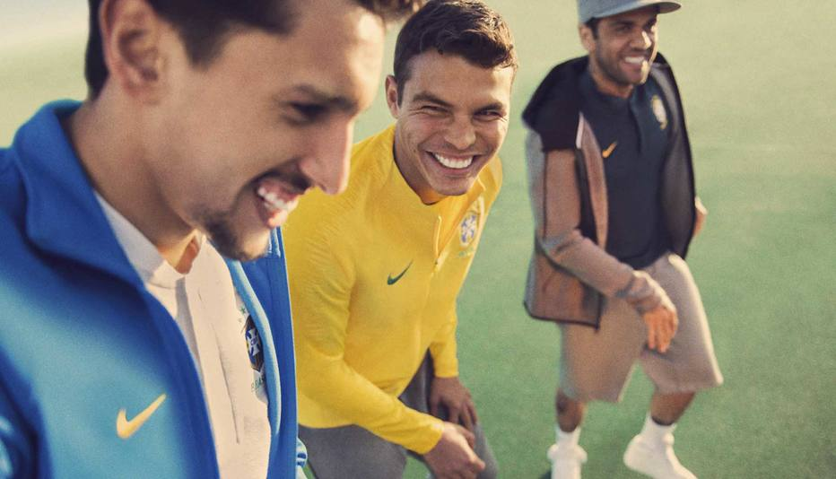 Ranking de busca e venda das camisas de seleções às vésperas da Copa. Brasil  ... 004a84a26d299