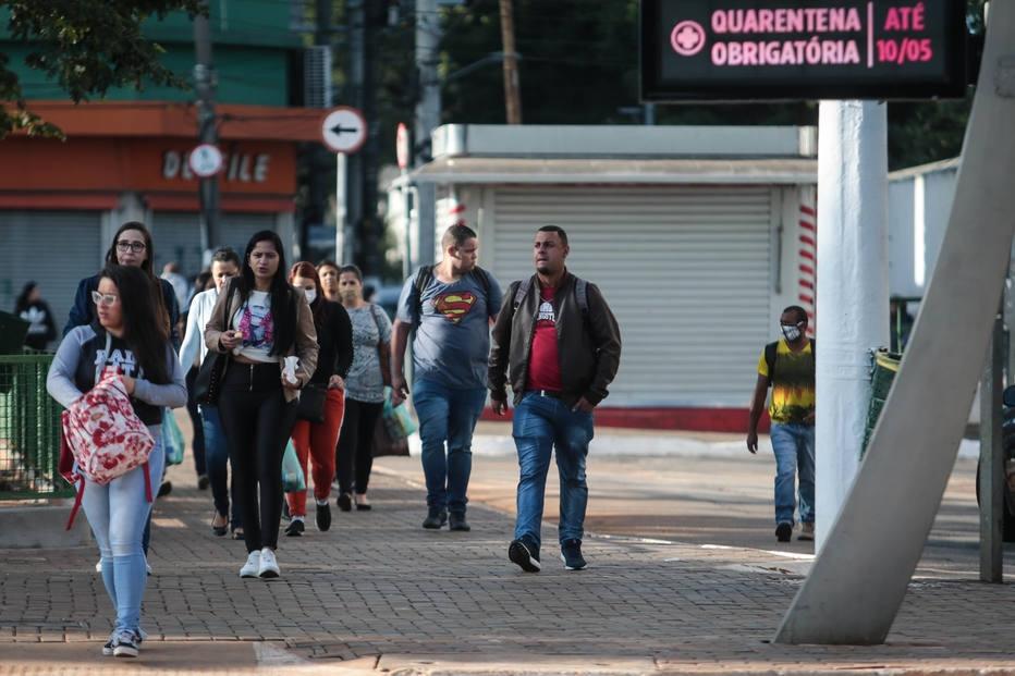 Mortes por coronavírus em SP chegam a 1.093; isolamento volta a cair