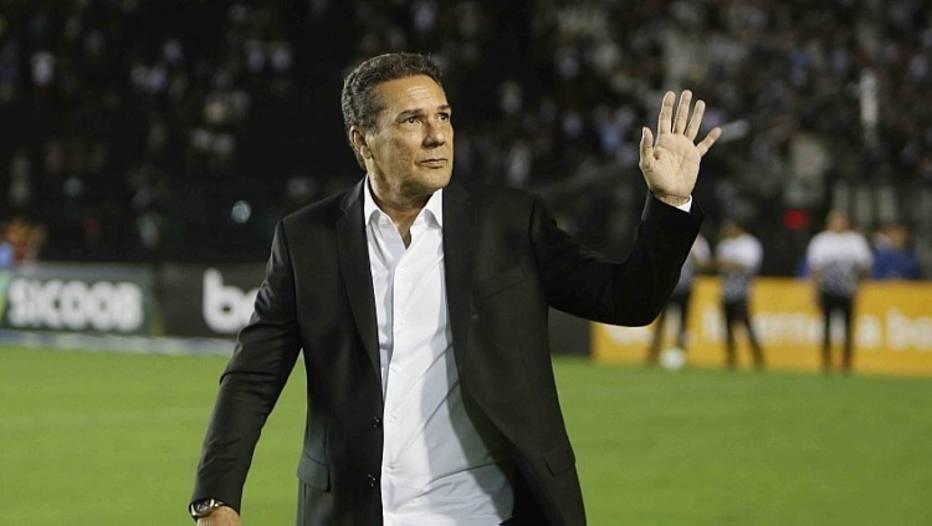 Vasco empata com Avaí na estreia de Luxemburgo e continua sem vencer no Brasileirão