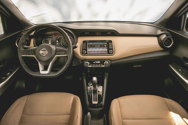 Comparativo: Chevrolet Spin Activ7 X Nissan Kicks SV