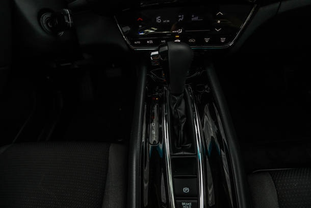 Comparativo: VW Jetta 250 TSI X Honda HR-V EX