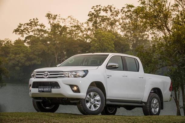 Toyota Hilux 2.7 - 4,8 km/l (etanol)/6,9 km/l (gasolina)