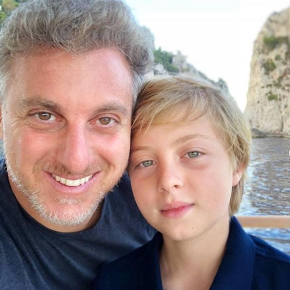 Filho de Luciano Huck e Angélica sofre acidente com wakeboard e passa por cirurgia no Rio