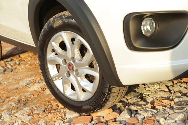 Comparativo: Renault kwid x Fiat Mobi Way