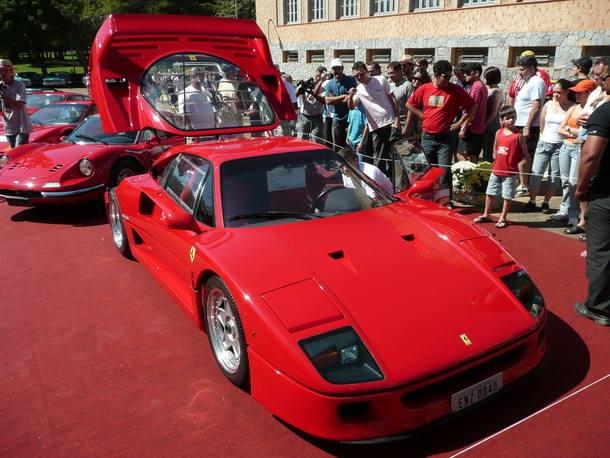 Os 30 anos da Ferrari F40