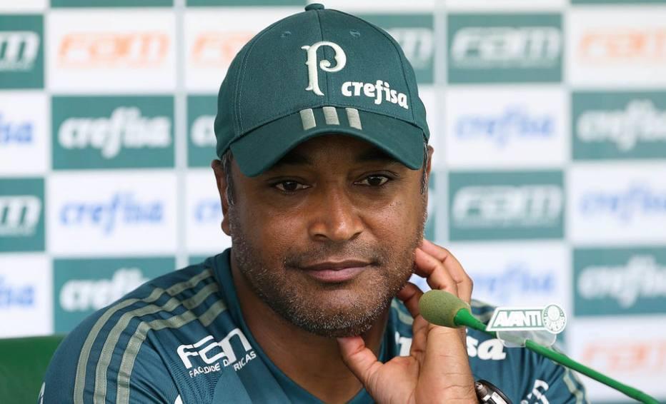 Roger Machado vibra com sequência positiva do Palmeiras