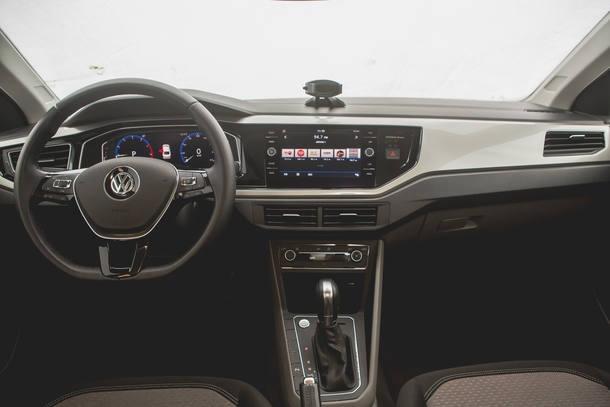Comparatiovo: Toyota Yaris sedã x VW Virtus Highline x Fiat Cronos Precision
