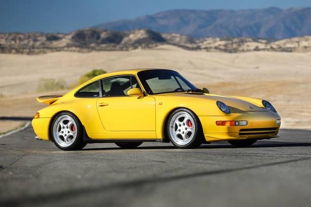 Fundador do WhatsApp põe coleção de Porsche à venda