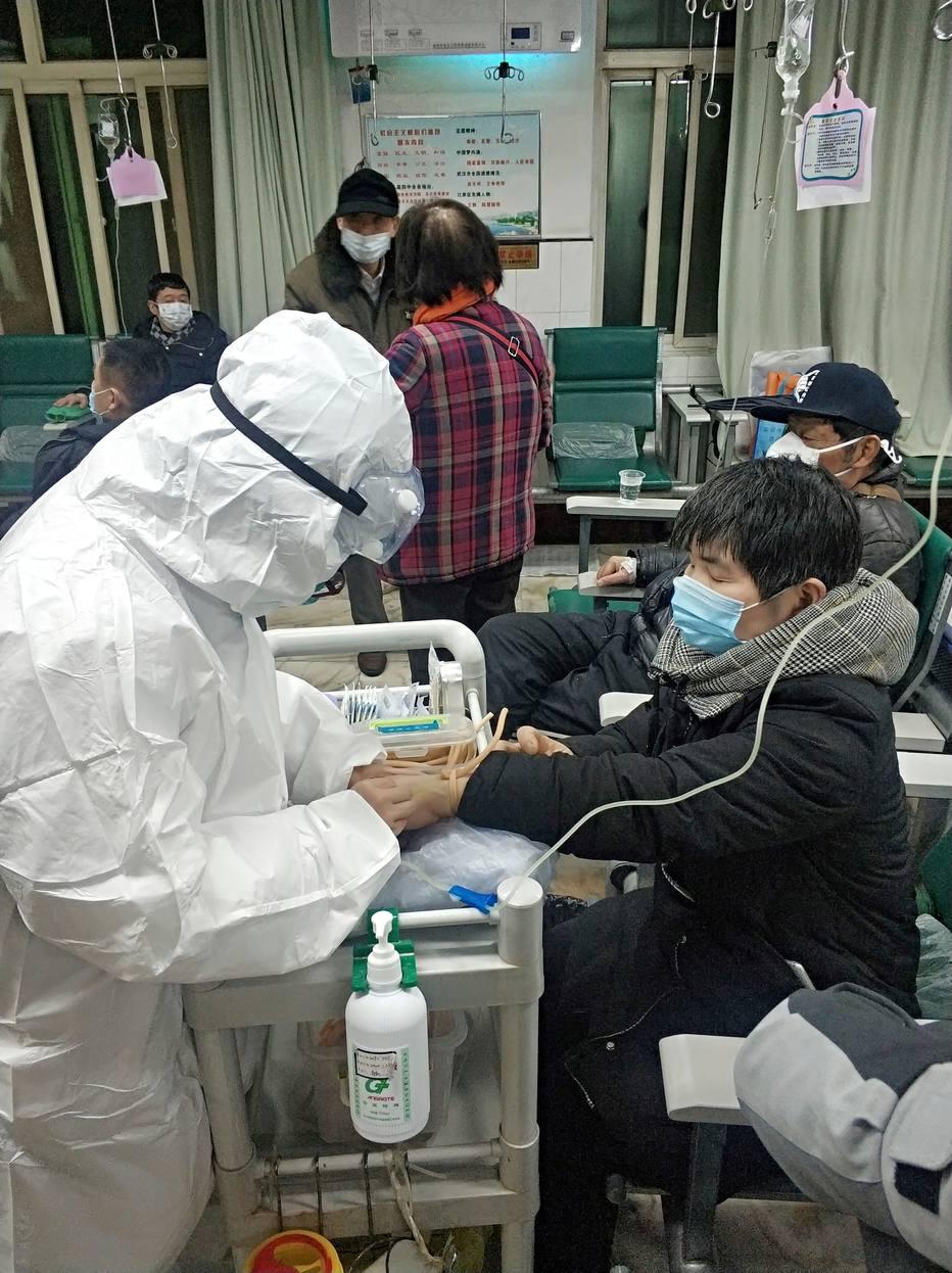 Resultado de imagem para Mortes por coronavírus na China chegam a 106, com mil novos infectados; Mongólia fecha fronteira