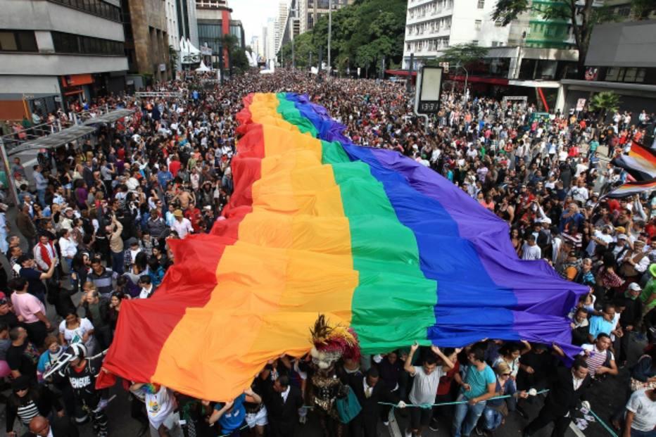 Com 19 trios e ex-Spice Girls, Parada do Orgulho LGBT deve lotar a Paulista