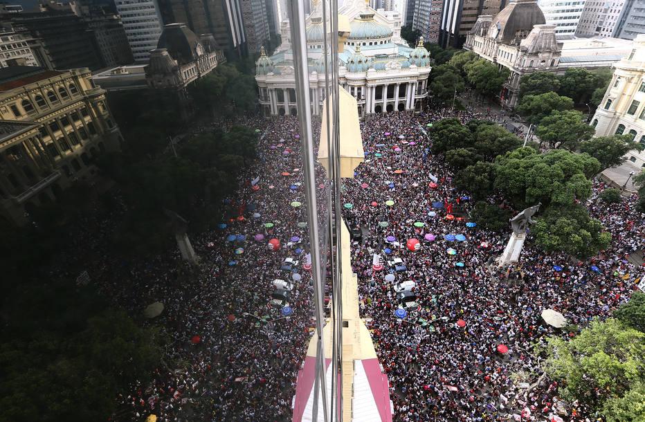 Ato contra Bolsonaro no Rio