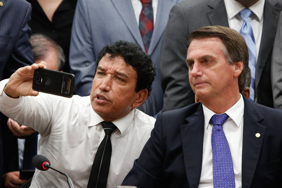 Bolsonaro oferece vaga de vice na chapa ao PR