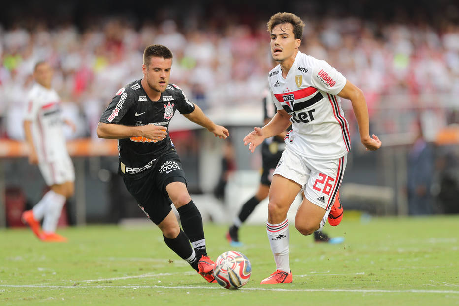 Ramiro, do Corinthians, e Igor Gomes, do São Paulo