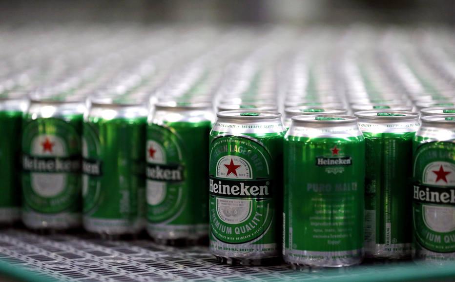 Heineken tem alta a 950 mi de euros no lucro do 1º semestre, mas reduz projeção para 2018