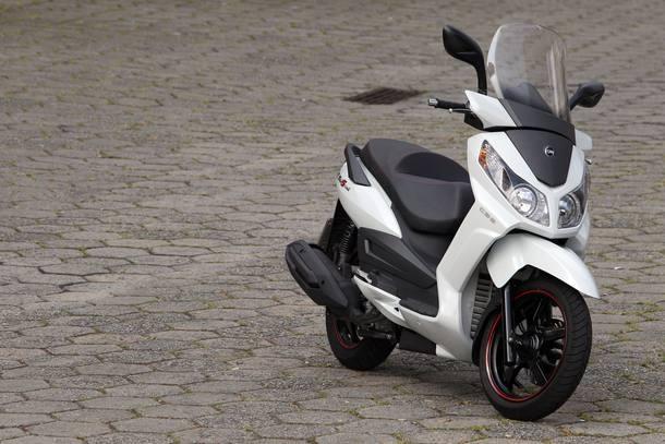 Scooters à venda no Brasil