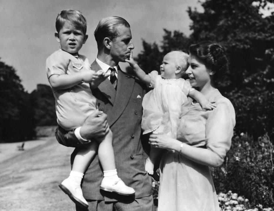 Príncipe Philip: há quase 70 anos ao lado da rainha Elizabeth II