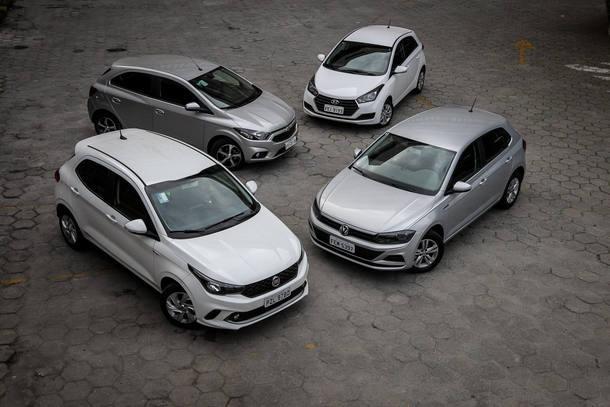 VW Polo 1.6 X Fiat Argo 1.3 X Hyundai HB20 1.6 X Chevrolet Onix 1.4