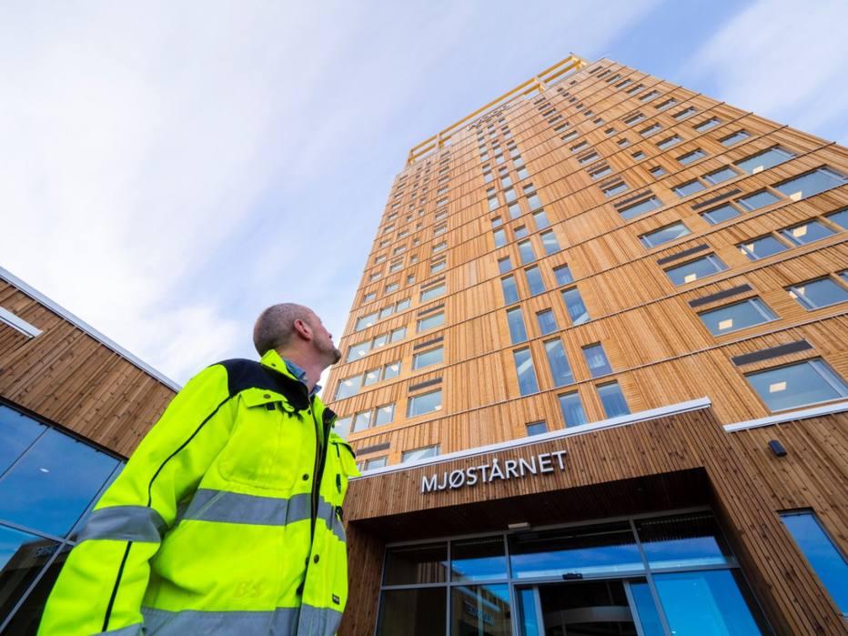 Edifício de madeira na Noruega tem 18 andares
